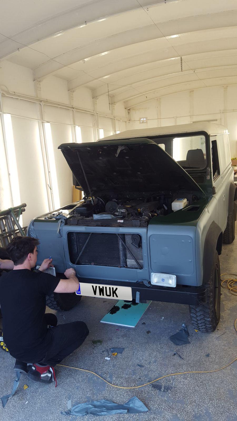 Matt Land Rover Defender